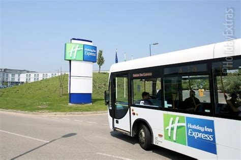 Parking at Holiday Inn Express Stansted | Save on your