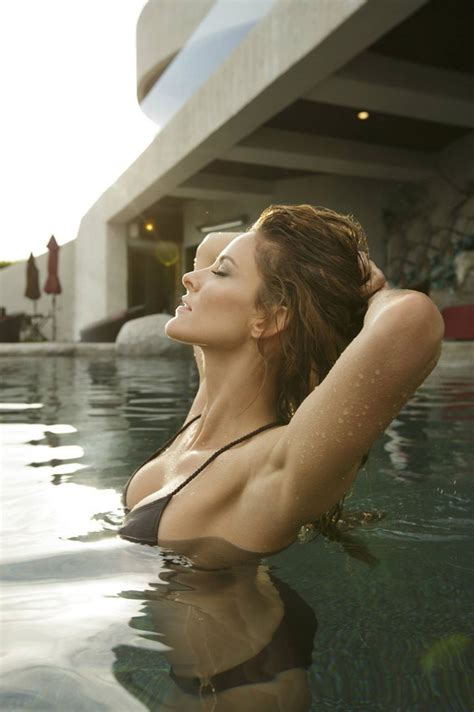 Jill Wagner - MAXIM Magazine - October 2013 Issue
