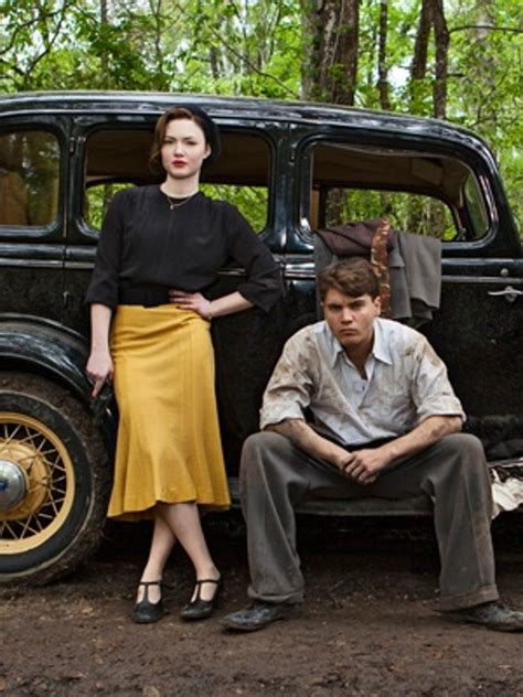 Becoming History's Bank-Robbing Beauty in TV's New *Bonnie