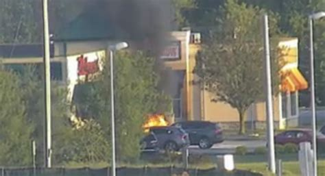 Happening Now: Vehicle Fire Threatening Middletown