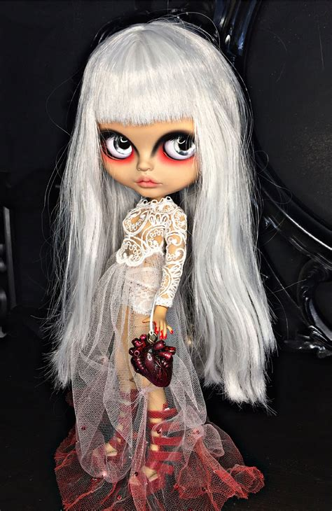 Pin by Diane Ramirez on gothic dolls (With images