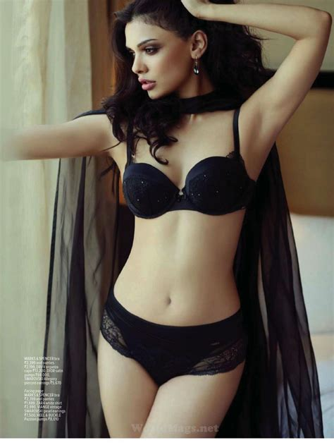 Sara Loren – MAXIM Magazine (India) – February 2014 Issue