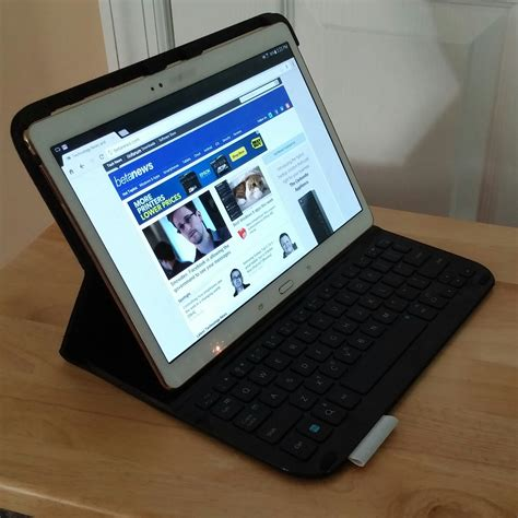 Logitech Type-S Protective Keyboard Case for Samsung