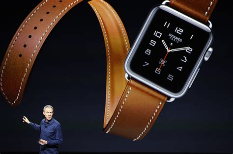 Here's How To Pair Your Apple Watch With Your New iPhone 6s