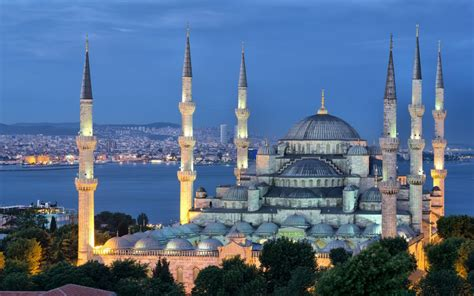 Istanbul Itinerary – 3 Days in The City of Two Continents