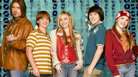 This Hannah Montana star got married this weekend and we