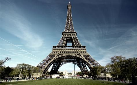 Eiffel Tower – Paris (France) – World for Travel