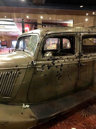 The original Bonnie and Clyde death car - Picture of