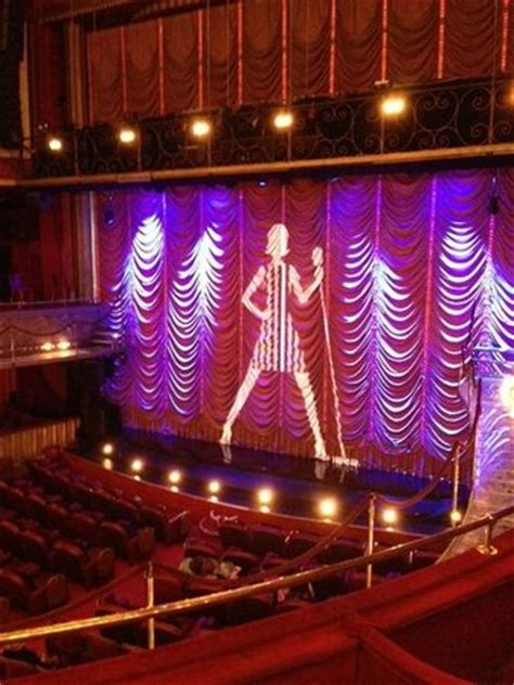 Folies-Bergere (Paris) - 2020 All You Need to Know BEFORE