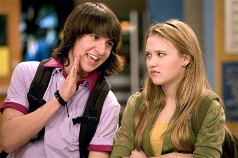9 Shocking Facts You Didn't Know About 'Hannah Montana'