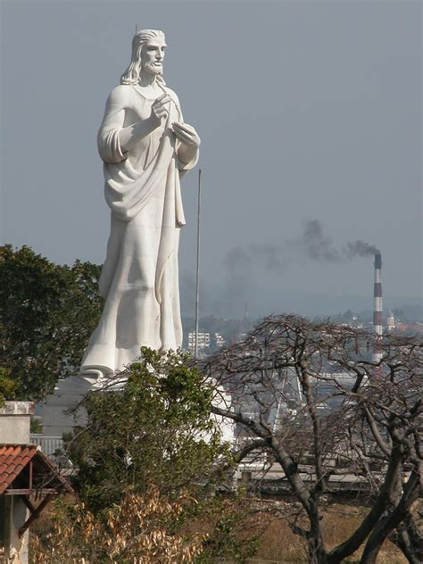 Christ of Havana - Wikipedia